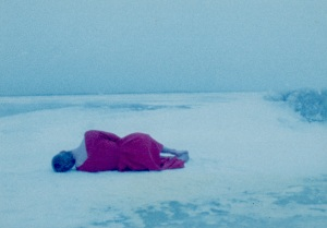 16mm Woman and the sink 1989-snow